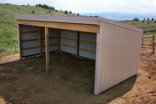 Loafing shed plans horse shelter